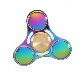 Värikäs titaaninen fidget spinner.