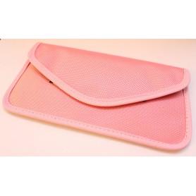 Vaaleanpunainen puhelinpussukka.