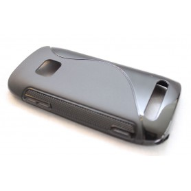 Lumia 710 musta silikoni suojakuori.