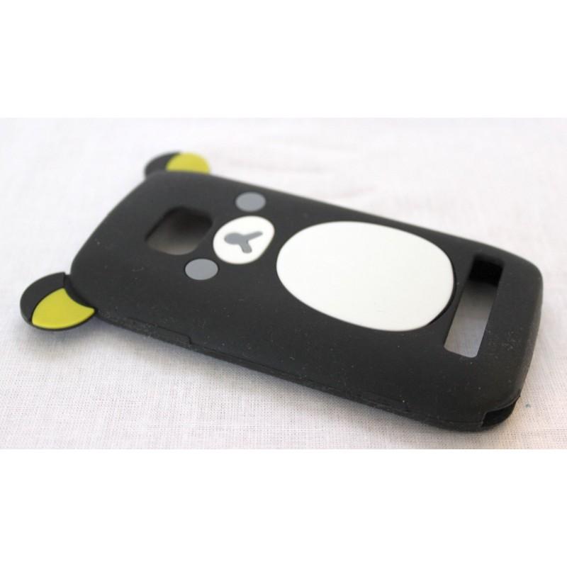 Lumia 710 musta nalle silikoni suojakuori.