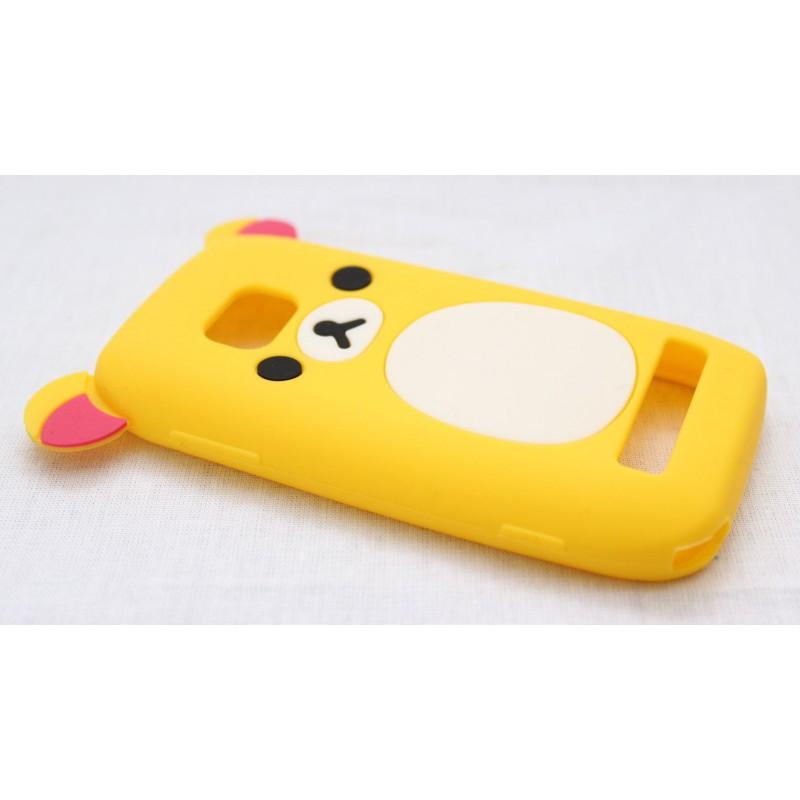Lumia 710 keltainen nalle silikoni suojakuori.