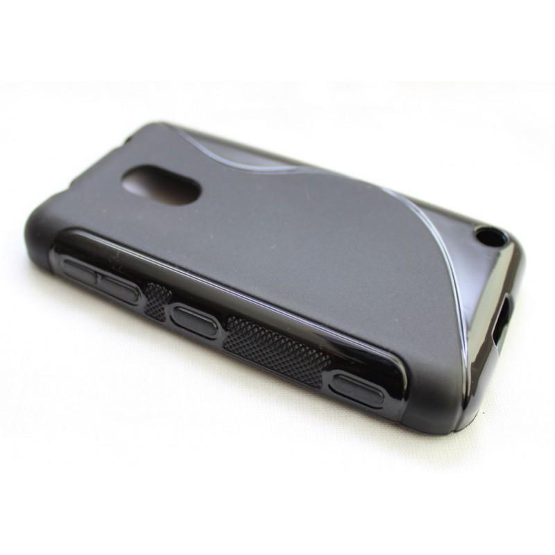 Lumia 620 musta silikoni suojakuori.