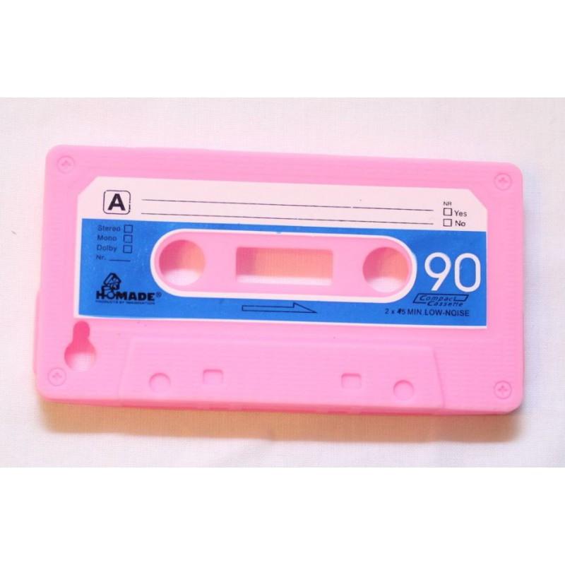 iPhone 4 vaaleanpunainen C-kasetti suojakuori.