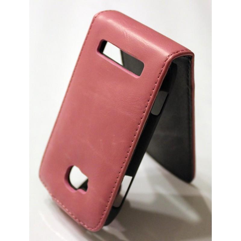 Nokia Lumia 710 vaaleanpunainen nahkainen läppäkotelo.