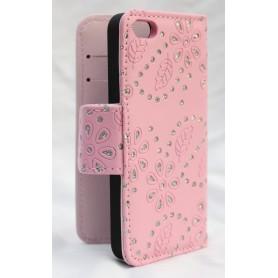 iPhone 5 vaaleanpunainen lompakkokotelo.