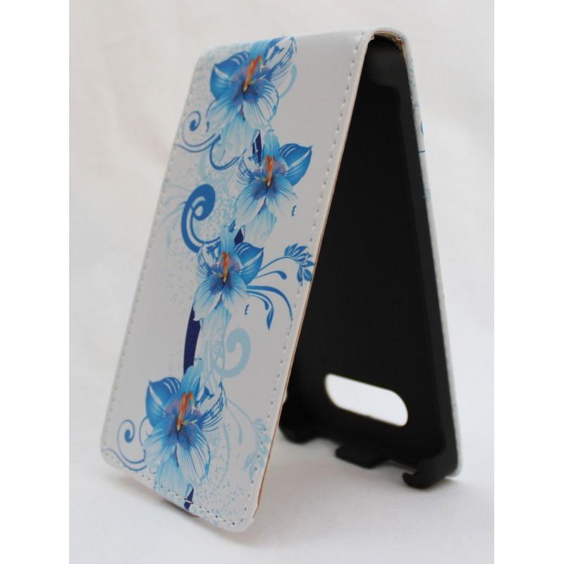 Lumia 820 siniset kukat läppäkotelo.