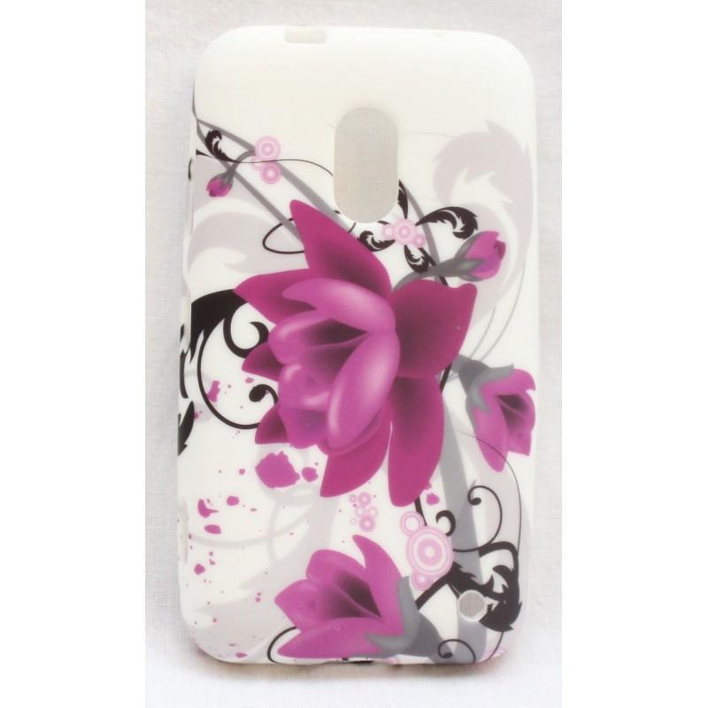 Lumia 620 violetit kukat silikoni suojakuori.